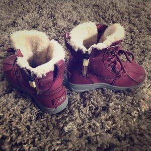 Waterproof UGG Australia boots 🥾